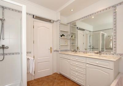 superior-3-bedroom-detached-villa-pool_thumbnail
