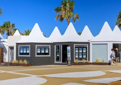 Real Estate Offices at the Beach and Golf