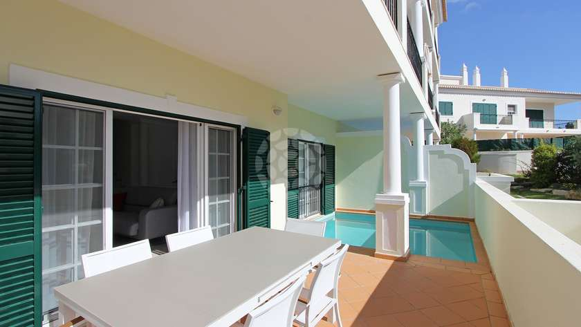 spacious-three-bedroom-violeta-apartment
