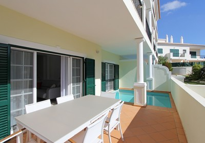 Spacious Three Bedroom Violeta Apartment