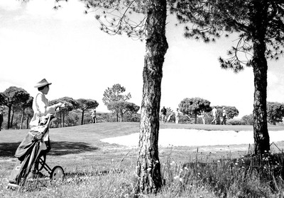 1970: First Amateur Week Golf Tournament takes place