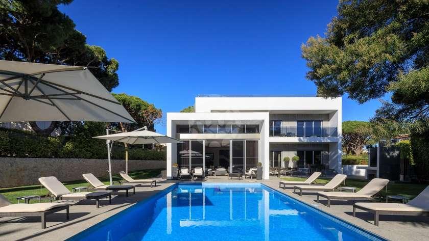 fantastic-contemporary-villa