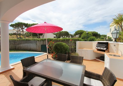 picturesque-villa-golf-views_thumbnail
