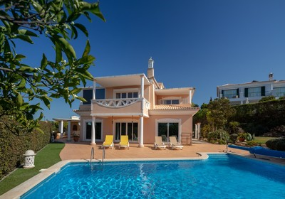 classical_villa_close_to_the_beach_thumbnail