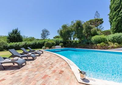 charming-4-bed-villa-extensive-gardens_thumbnail
