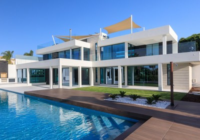 Prestigious contemporary villa
