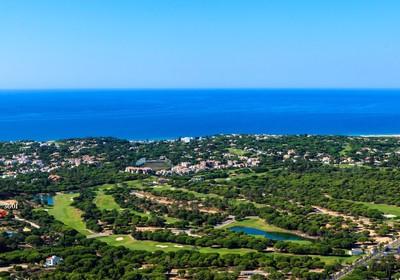 Uninterrupted golf views