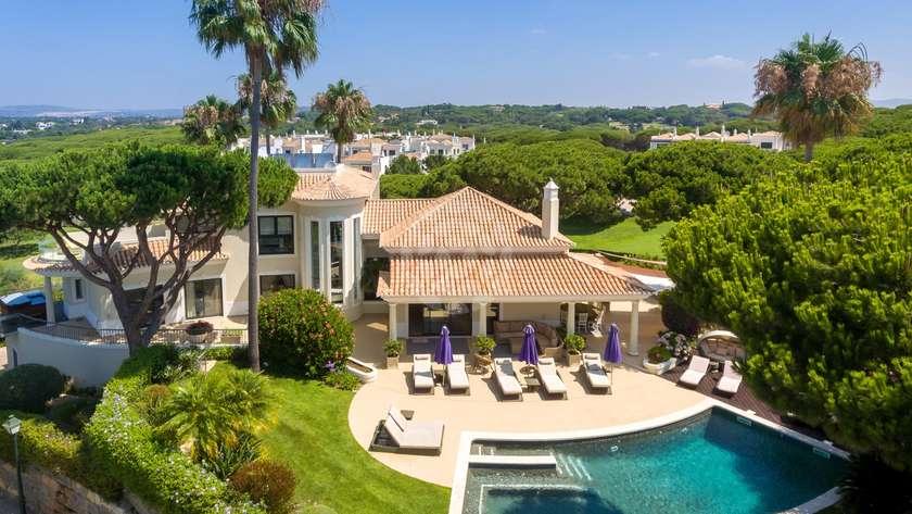 villa-fantastic-golf-views
