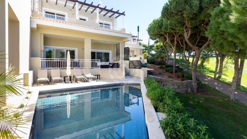 luxury-3-1-bedroom-villa-pool