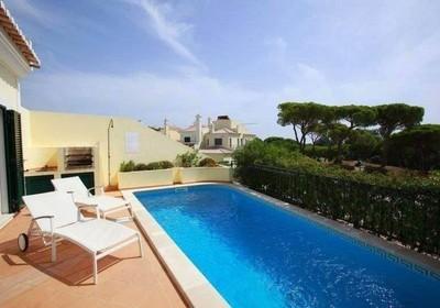 Three-Bedroom-Townhouse-Pool-Garden-View-Superior_thumbnail