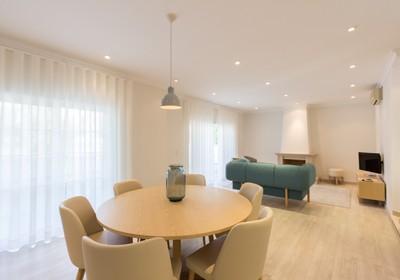 spacious-three-bedroom-violeta-apartment_thumbnail