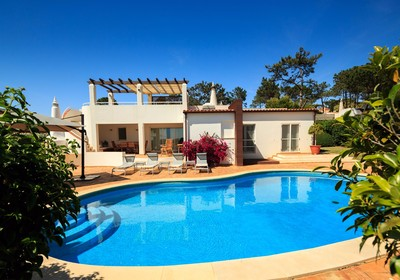 superior-4-bedroom-detached-villa-pool_thumbnail