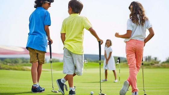 En février 2019 à la Junior Golf Academy