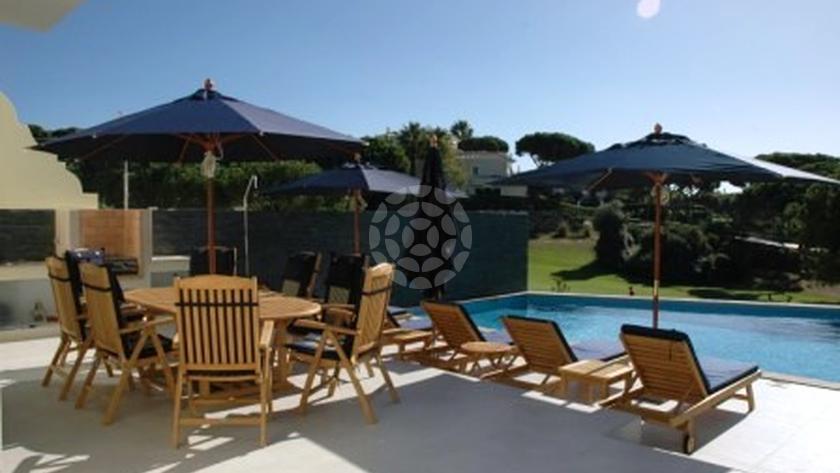 deluxe-2-bedroom-linked-villa-pool-2