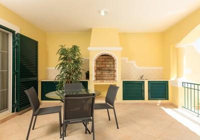 Superior-2-bedroom-linked-villa-pool_thumbnail